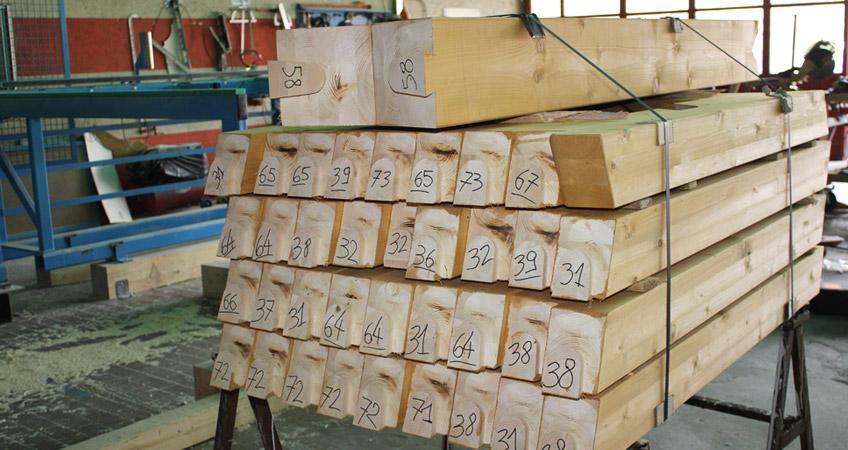Progettazione, produzione di tetti in legno a Domodossola