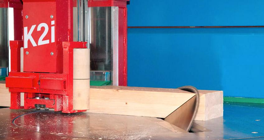 Produzione strutture in legno con macchinario Hundegger H2i | Piemonte - Italia | Domus Legnami
